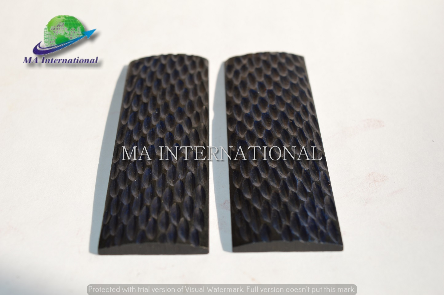 Dyed-Stabilized-Dark-Blue-Color-Bone-Radius-Scales-MABH-35